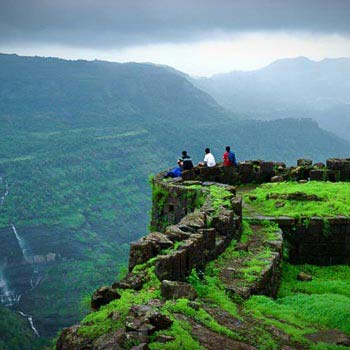 Sacred Temple & Landscape Of South India Tour