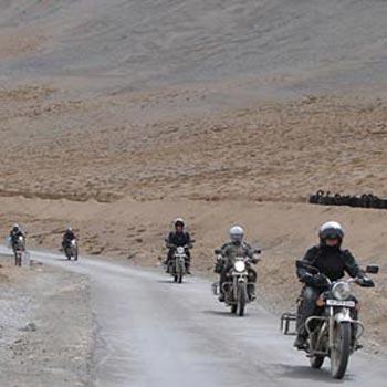 Bike Tour From Manali - Srinagar Via Ladakh Tour