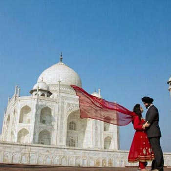 Manali Honeymoon Package with Taj Mahal