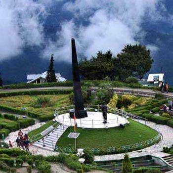Darjeeling - Pelling - Gangtok Tour