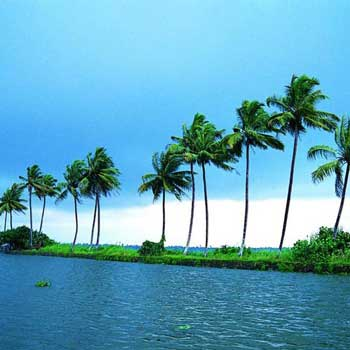 04 Nights /  05 Days Kerala Tour Package