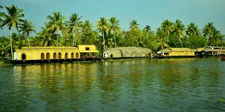 Kerala Beach with Backwater Tour Package