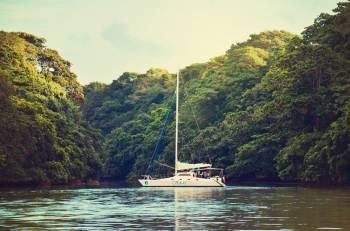 Exclusive Private Catamaran Adventure: Ile Aux Cerfs (full Day Cruise Including Lunch)