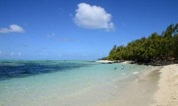 Marvelous Ile Aux Cerfs: Speed Boat, Parasailing, Lunch & Grse Waterfalls Tour
