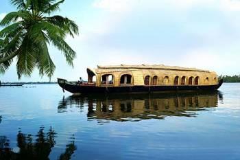 Romantic Kerala Backwaters Tour Romantic Holiday in Kerala Tour