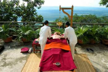 Ananda Spa with Yoga and Meditation Tour
