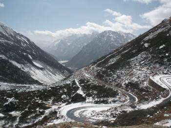 Darjeeling, Gangtok, Lachung, Yumthang, Kalimpong Tour