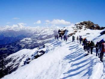 6 Days Kedarkantha Trek Tour