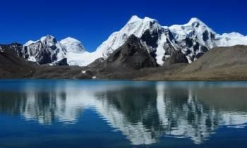 Tour Package Gangtok - Tsomgo Lake - Baba Mandir - Nathula Pass - North Sikkim