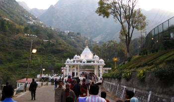 Vaishnodevi Escape Tour