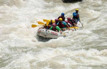 Day Rafting On the Ganges: Marine Drive-laxman Jhula 26 Kms Tour