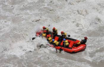 Zanskar Rafting Expedition Tour
