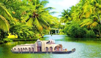 Cochin-munnar-allapey-cochin with Houseboat Tour-crazy-kl-02