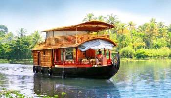 Cochin-munnar-thekkady-alleppey-cochin with Houseboat Tour-crazy-kl-04