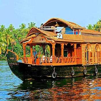 Cochin-munnar-allapey-cochin with Houseboat Tour-crazy-kl-05