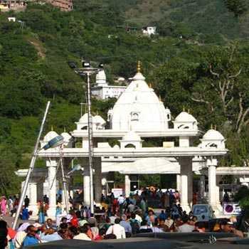 Jammu-kashmir-katra-pahalgam-srinagar-katra Tour-crazy-jk-07