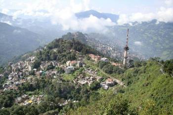 Darjeeling, Gangtok, Lachung, Yumthang, Kalimpong & Bagdogra Tour