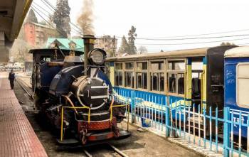 LUXURY DARJEELING SIKKIM TOUR