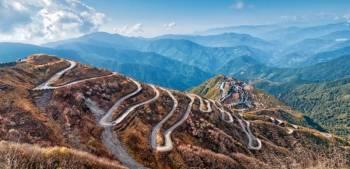 Explore Enchanting Sikkim & Hill Queen Darjeeling Tour