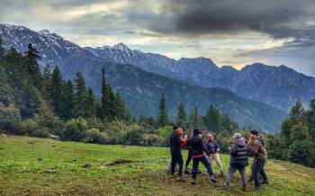 Kasol Theerangana Trekking Tour