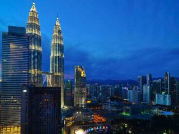 Playful Malaysia with Singapore Tour