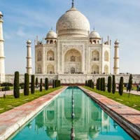 Tempo Traveller Hire For Agra Tour