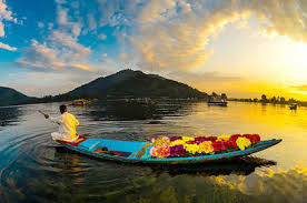 05 Nights/ 06 Days Budget Honeymoon  Kashmir Tour Package