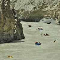 Zanskar River Expedition ( Rafting Expedition in Ladakh)