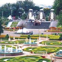 Hyderabad, Yaganti & Belum Caves Pilgrimage Package Tour