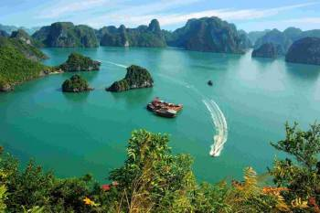 Vietnam Volunteer Program Tour