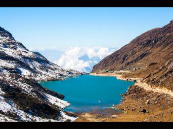 04 Nights / 05 Days Gangtok Darjeeling Tour