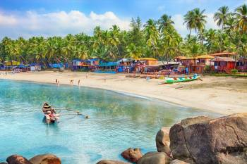 Beachside Passion: Honeymoon in Goa Tour