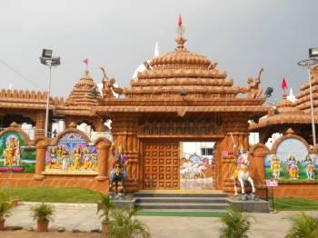 Biraja Darshan and Puri Mandir Tour