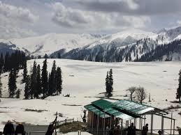 Charmimg Kashmir Tour