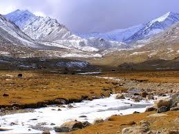 Chandigarh- Kulu- Manali-keylong- Jispa-sarchu- Sangam River- Nubra Valley- Pangong Lake Tour