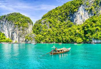 Bangkok Phuket with Phi Phi Island Tour