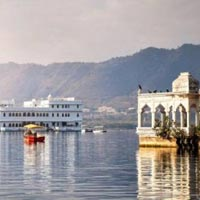 Golden Triangle Tour with Pushkar & Udaipur