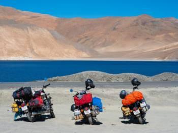 Thrilling Leh Ladakh Tour with Pangong Lake