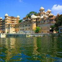India North With Mumbai Tour