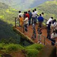 2 Night 3 Days Special Monsoon Mahabaleshwar Package For Couple