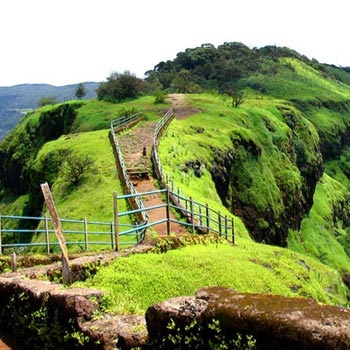 2 Night 3 Days Monsoon Mahabaleshwar Tour