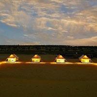 Jaislmer : sand dunes