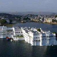 Group Tours /10 Days – Glimpses of India