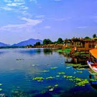 Glorious Kashmir 6 Nights / 7 Days Package