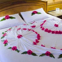 Cohin Honeymoon Bed Decoration