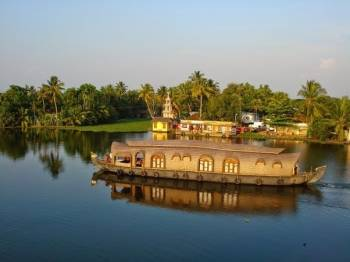 Short Trip to Green Kerala Package