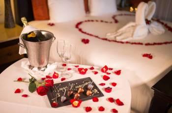 Luxury Honeymoon Kerala Package