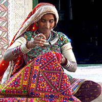 GUJARAT - Textiles and Handicrafts Package