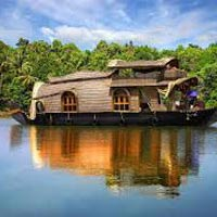 Honeymoon In Backwater Of Kerala Tour