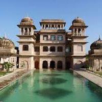 Delhi-(Vrindavan/Mathura)-Agra Tour